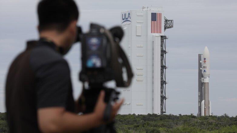"""Ракета-носитель """"Атлас-5"""" на стартовой площадке"""