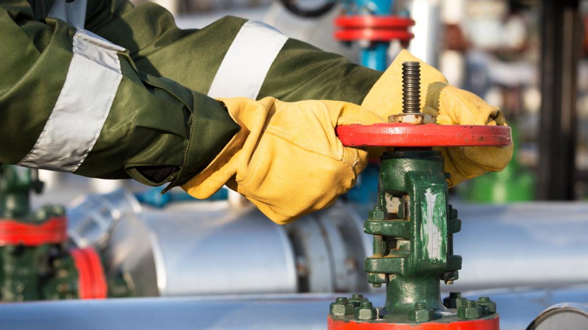 Трубопровод нефтепровод нефть вентиль