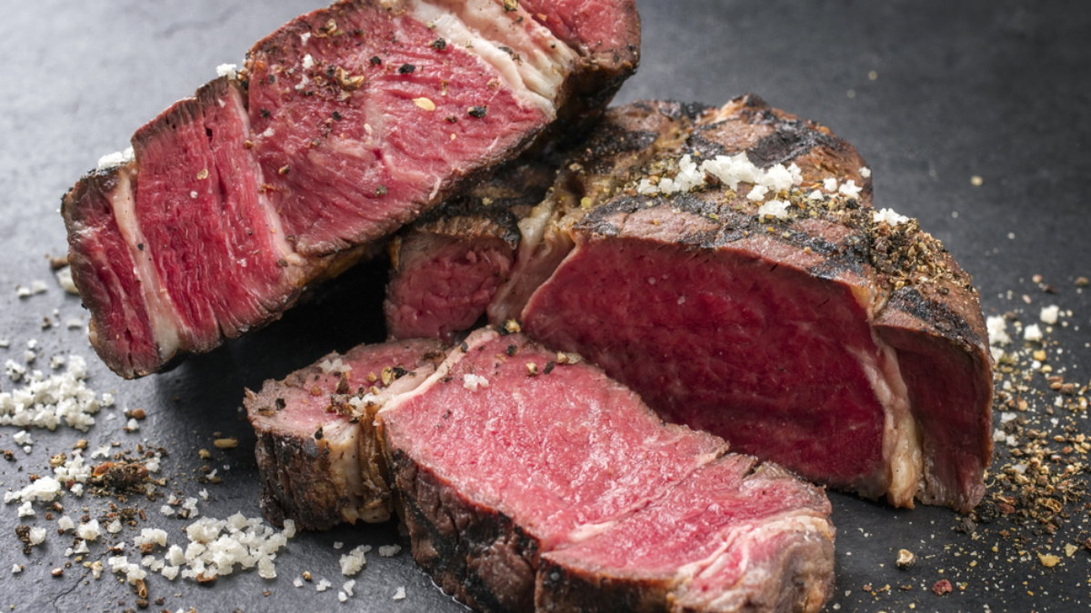 Мясо барбекю стейк