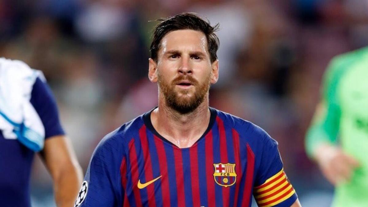 Футболист Лионель Месси - Lionel Messi четыре