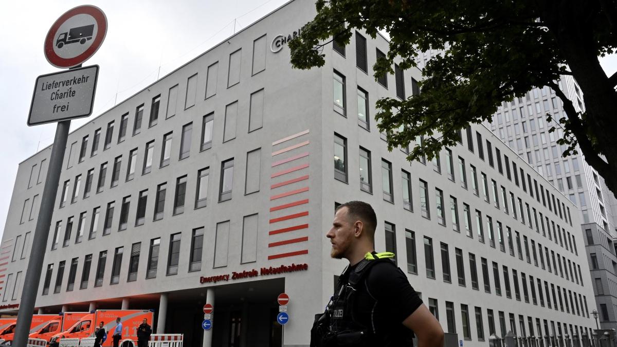 Берлинский госпиталь Charite, куда доставили Алексея Навального
