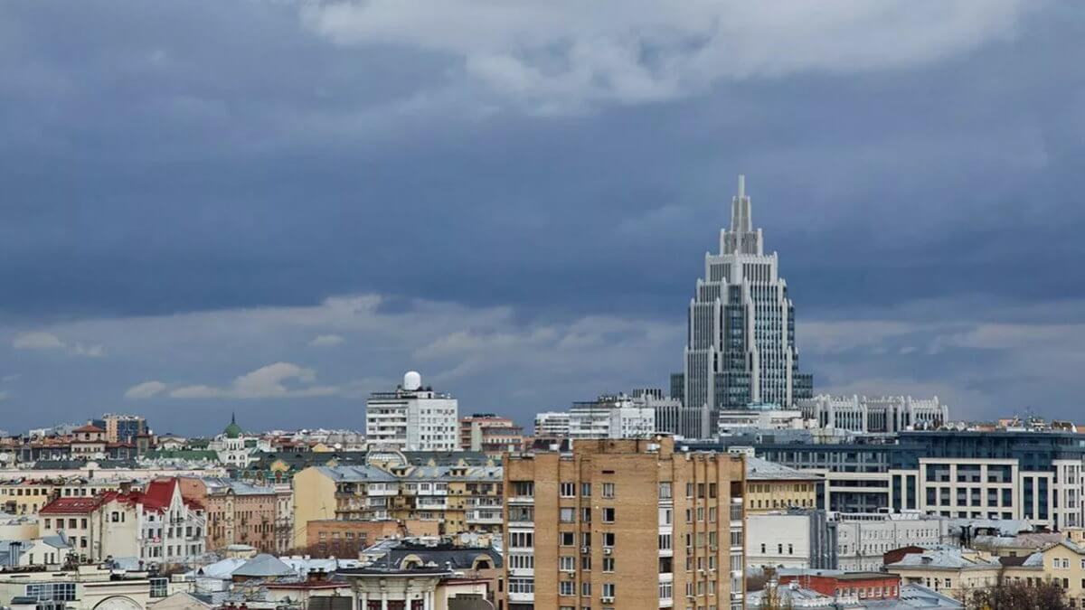 Погода Москва Гроза тучи