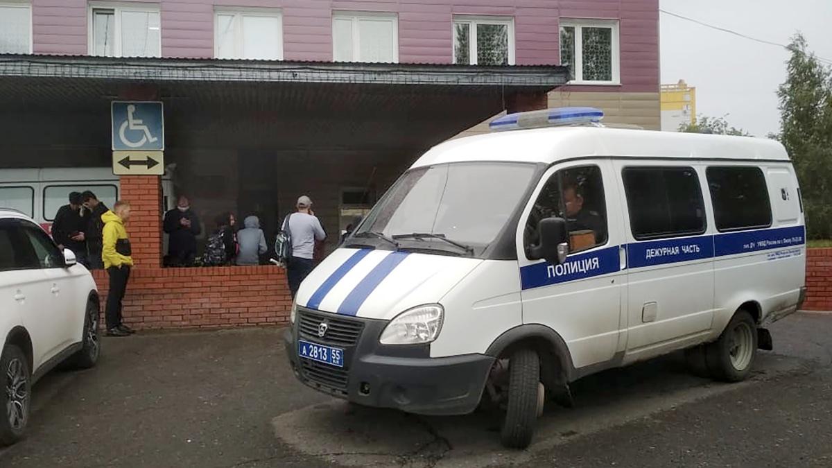 Омская больница, в которой находился Алексей Навальный