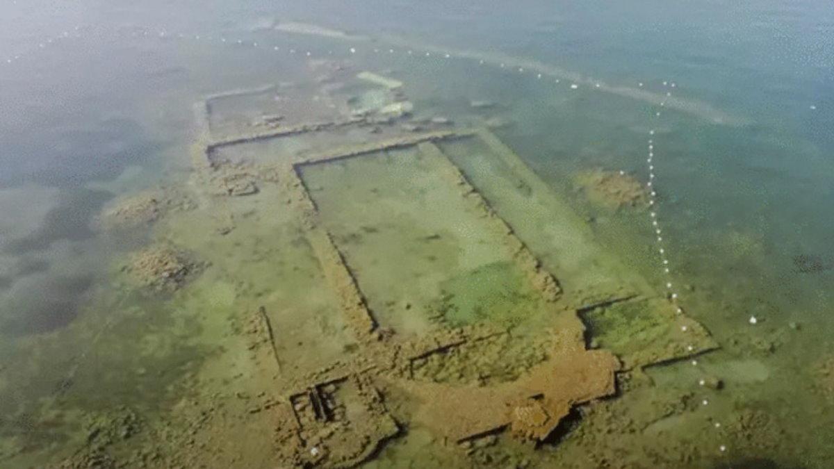 Затонувшая базилика Турция