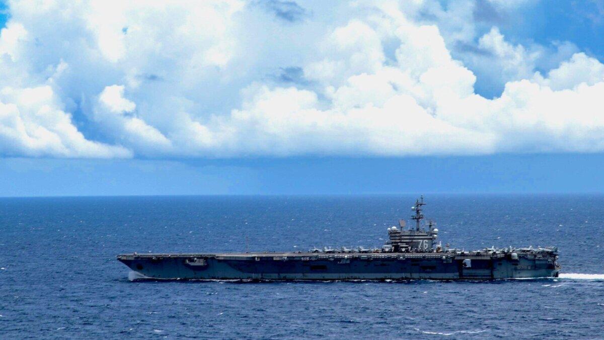 Авианосец USS Ronald Reagan (CVN-76)