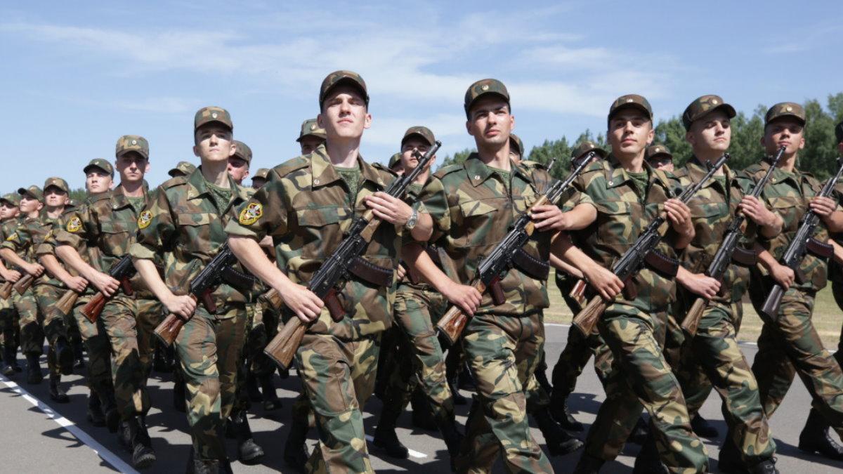 Белоруссия Беларусь солдаты армия строй
