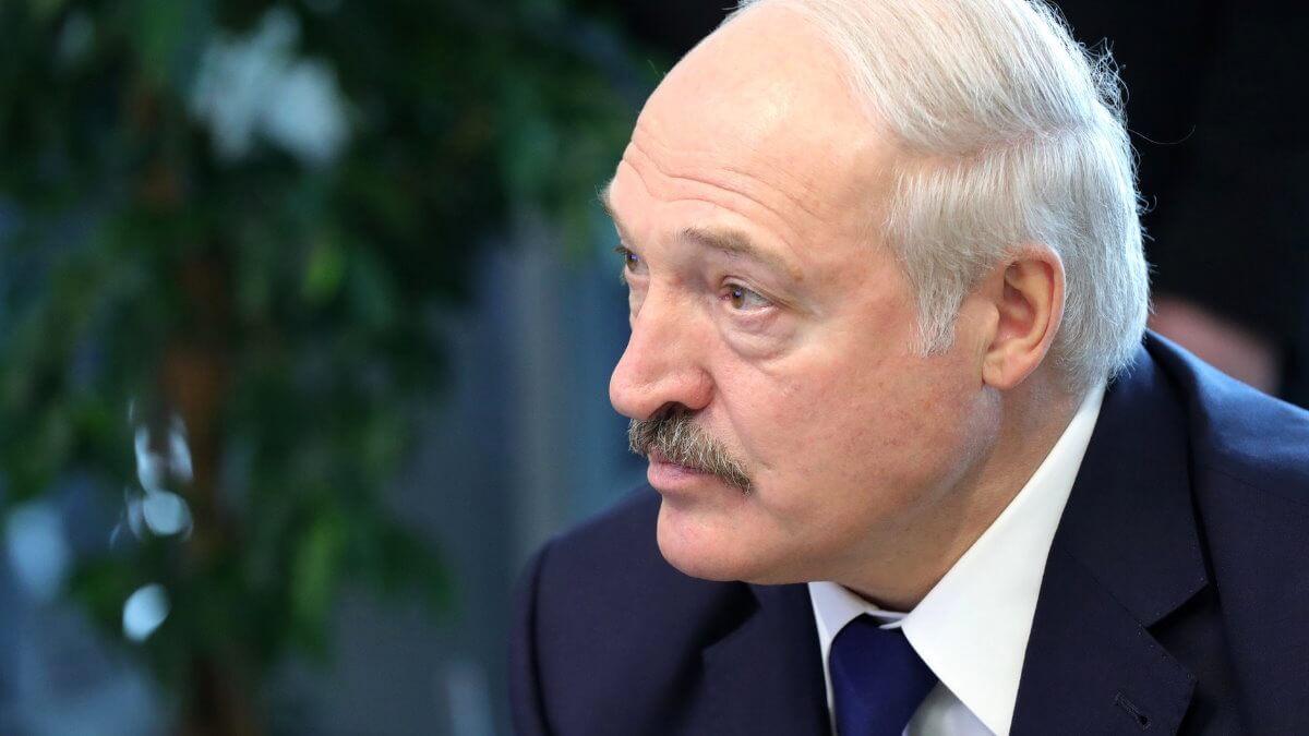 Президент Белоруссии Александр Лукашенко близко два