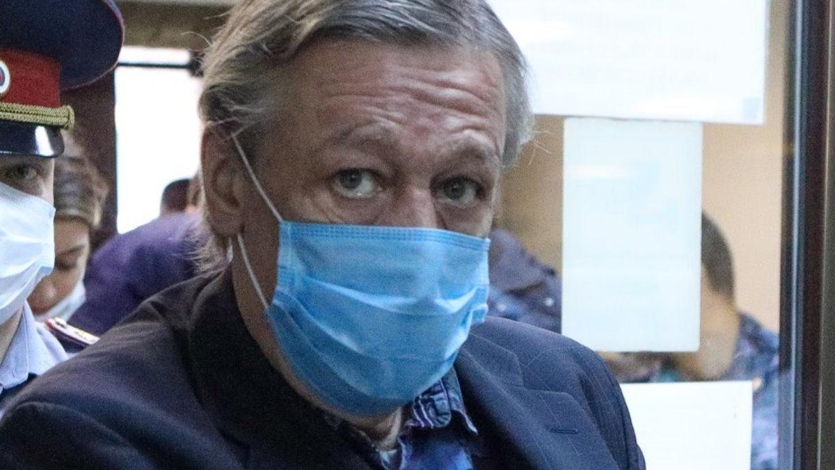 Актёр Михаил Ефремов под стражей