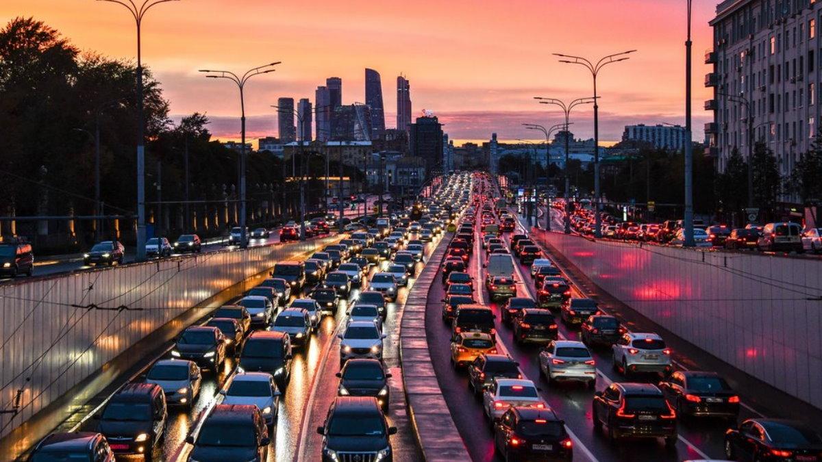 Москва Трафик машины автомобили пробки пробка один