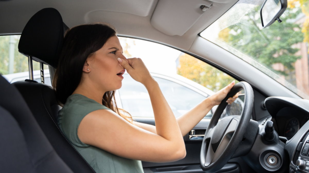 Салон машина автомобиль плохой запах