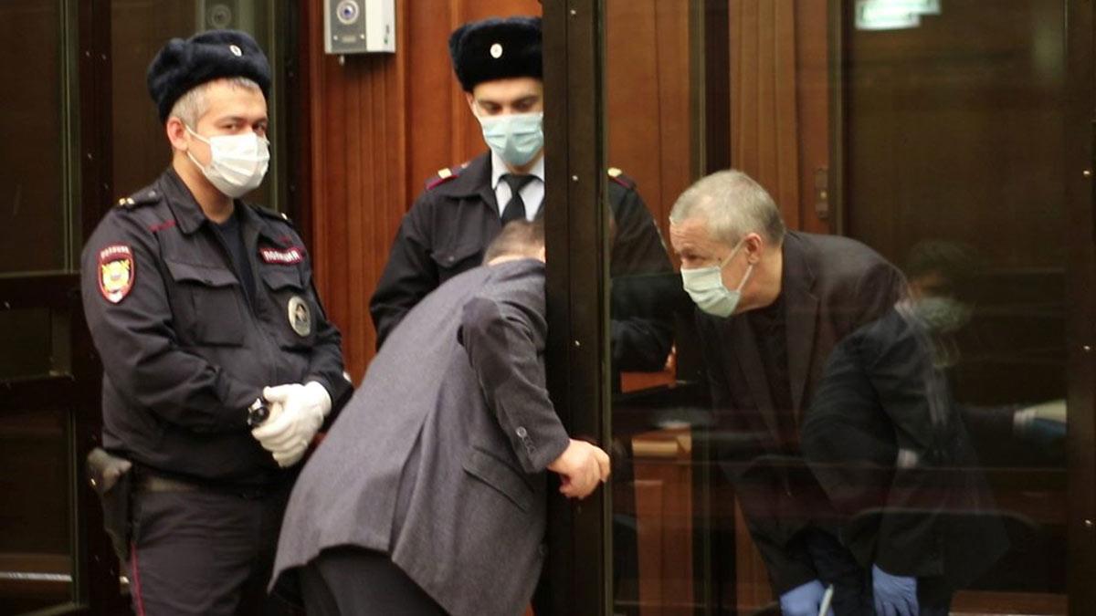 Апелляционное заседание в Мосгорсуде по делу о смертельном ДТП с участием актера Михаила Ефремова