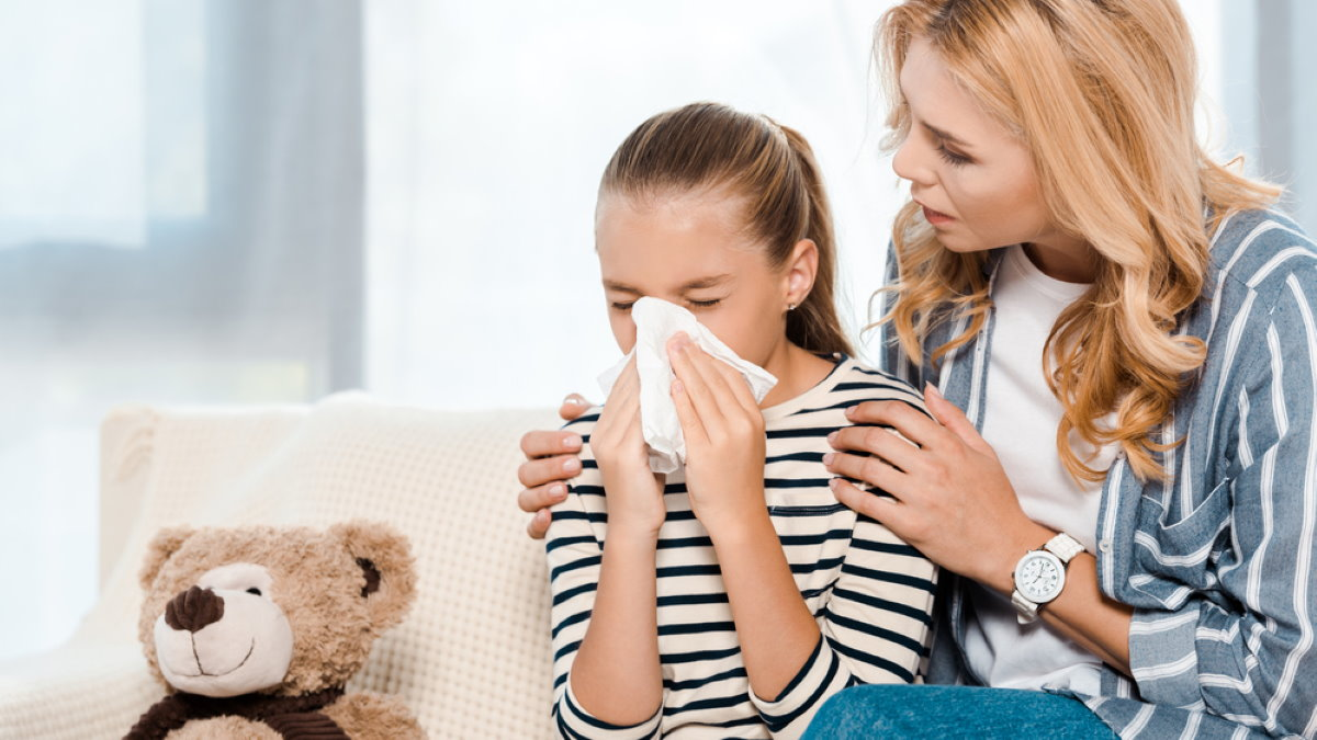 Простуженный ребёнок насморк