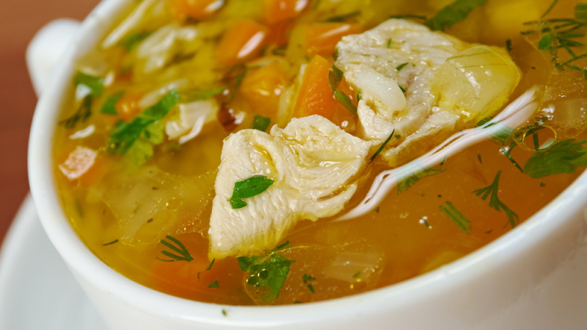 Куриный суп бульон