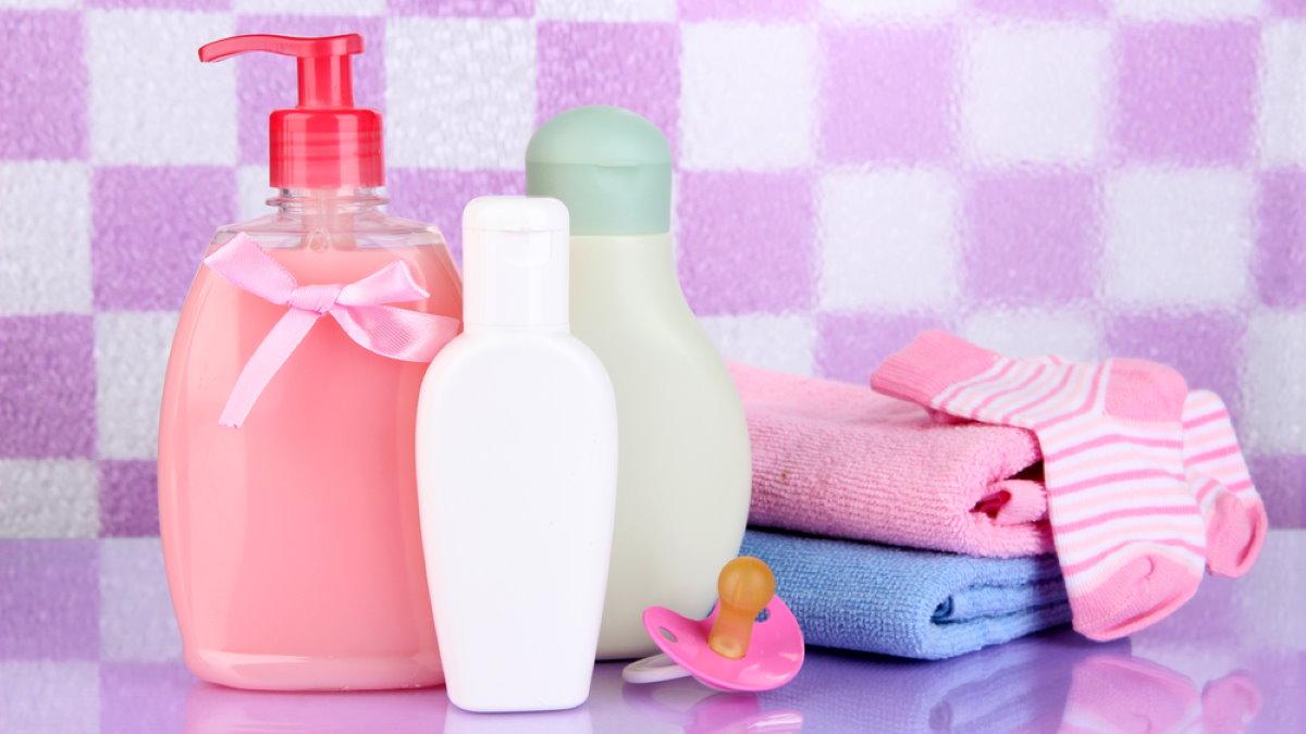 Детский шампунь для детей мыть ребёнка ребёнок гигиена