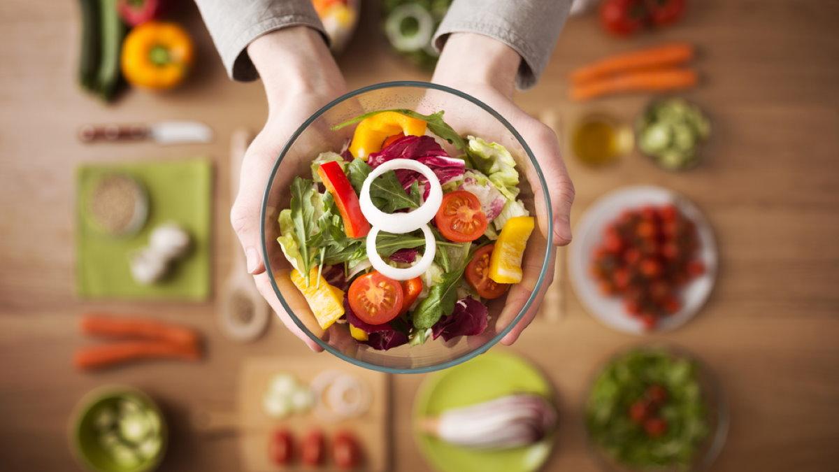 Здоровая пища еда салат овощи