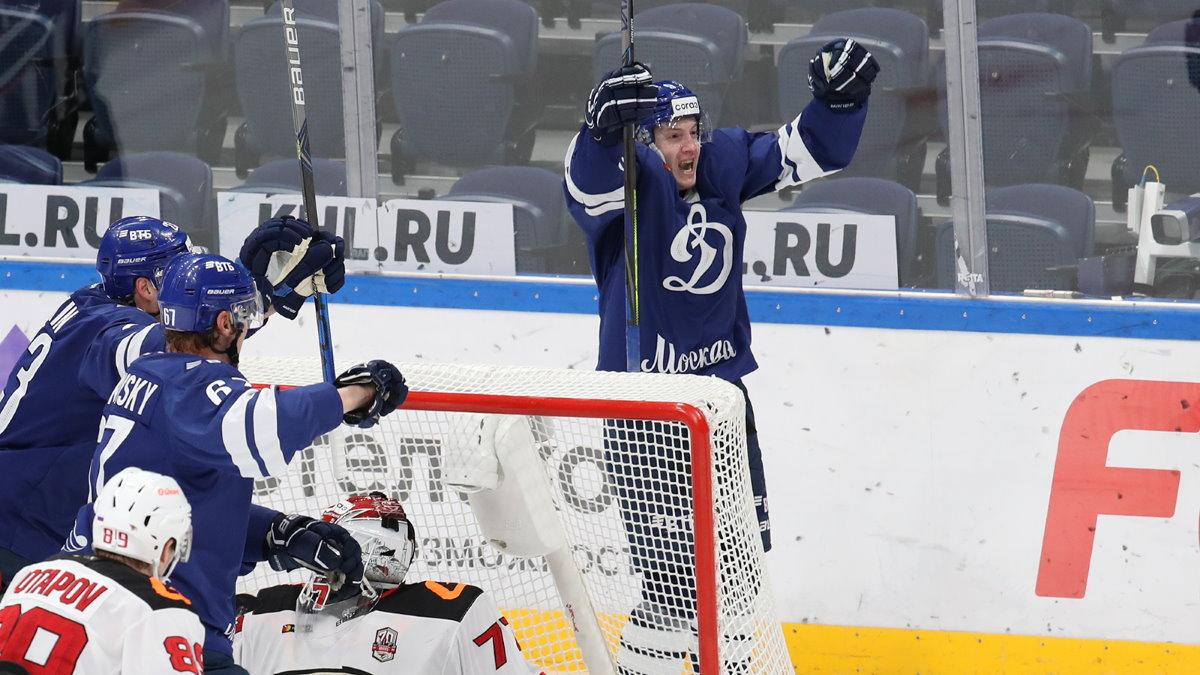 Динамо - Авангард хоккей