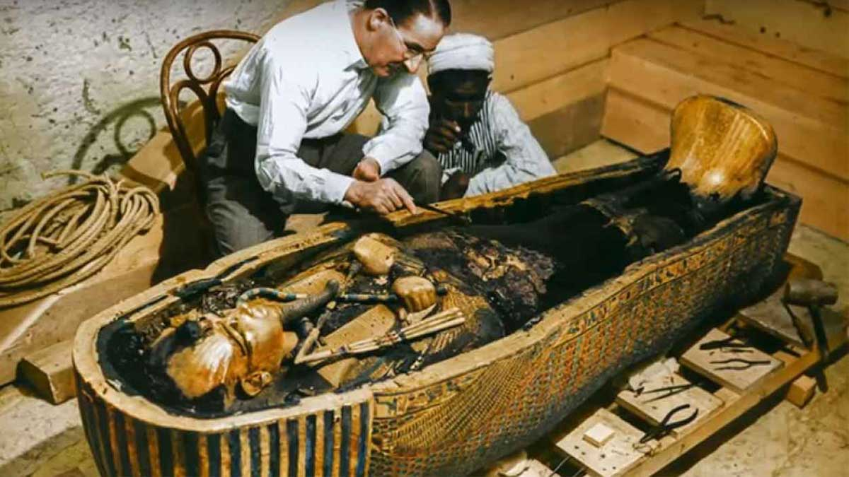 Проклятие Туттанхамона гробницы Саккары кошки