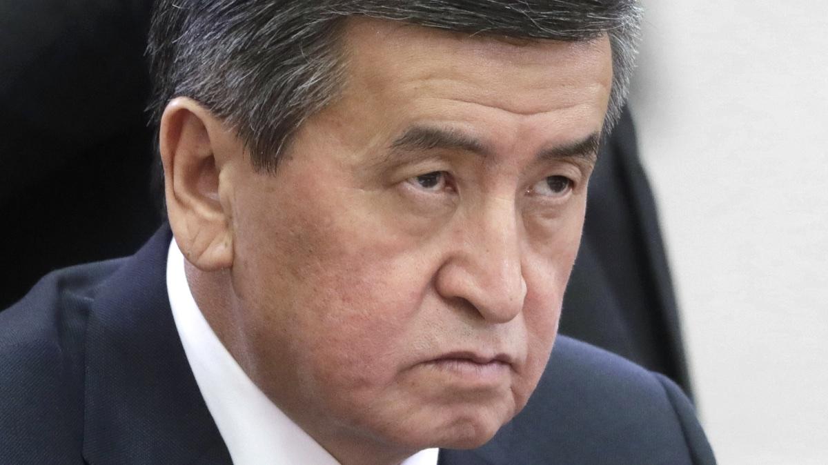 Сооронбай Жээнбеков президент Киргизии