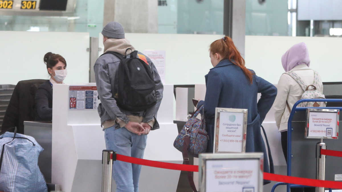 Аэропорт терминал регистрация на рейс авиабилеты багаж два