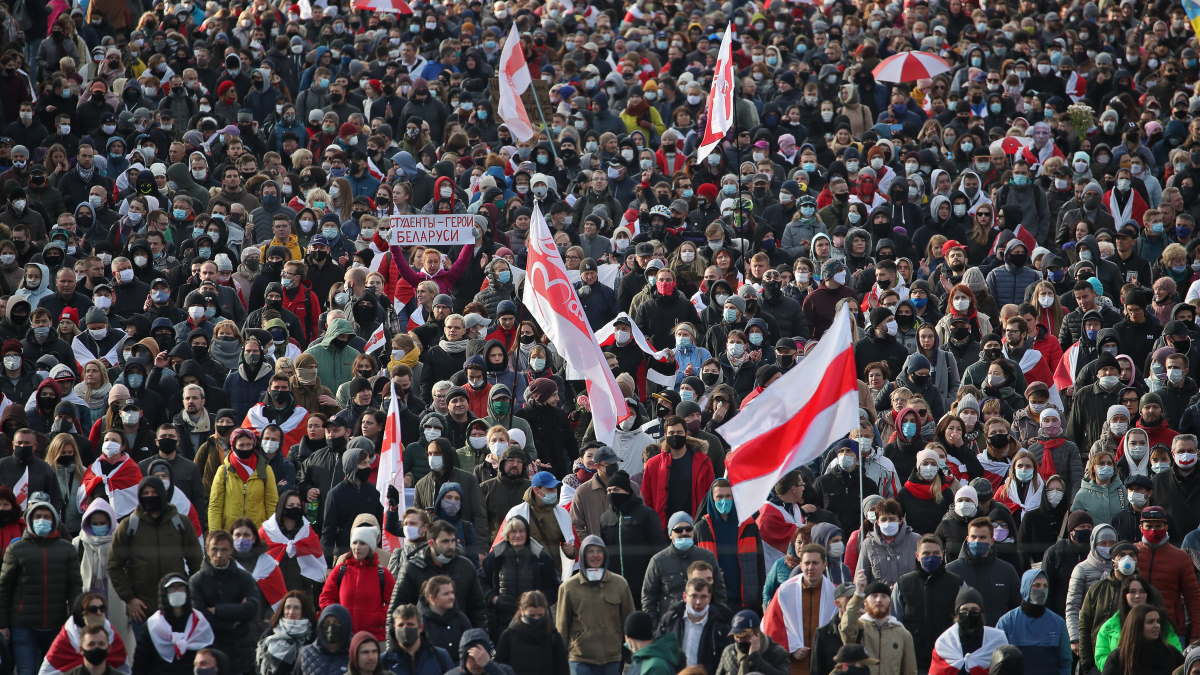 Беларусь Белоруссия Минск протесты протестующие марш три