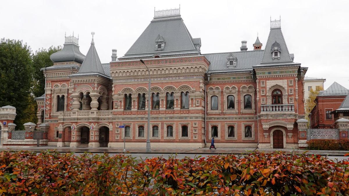 Здание посольства Франции в Москве посольство