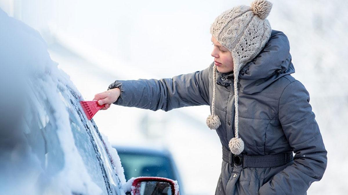 автомобиль зима скребок очистка машины от снега