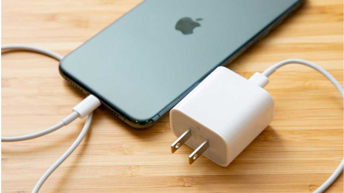 charging iphone 12