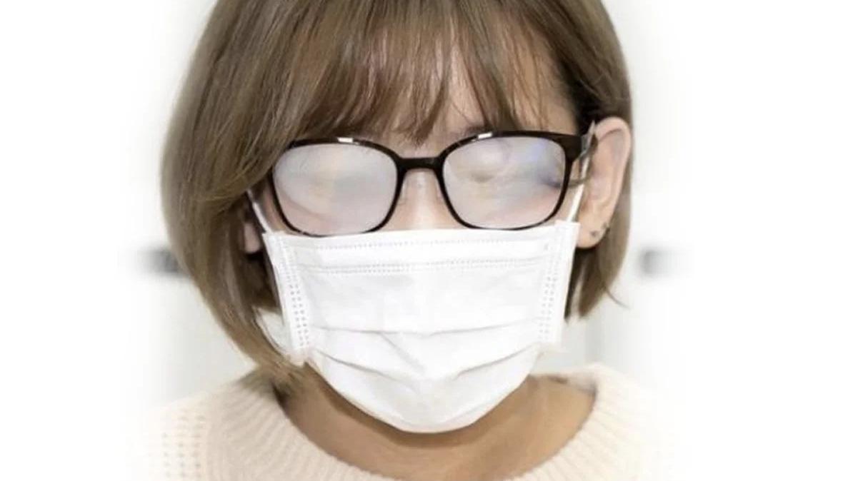 Запотевание очков с медицинской маской