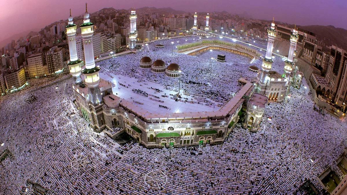 великая мечеть в Мекке