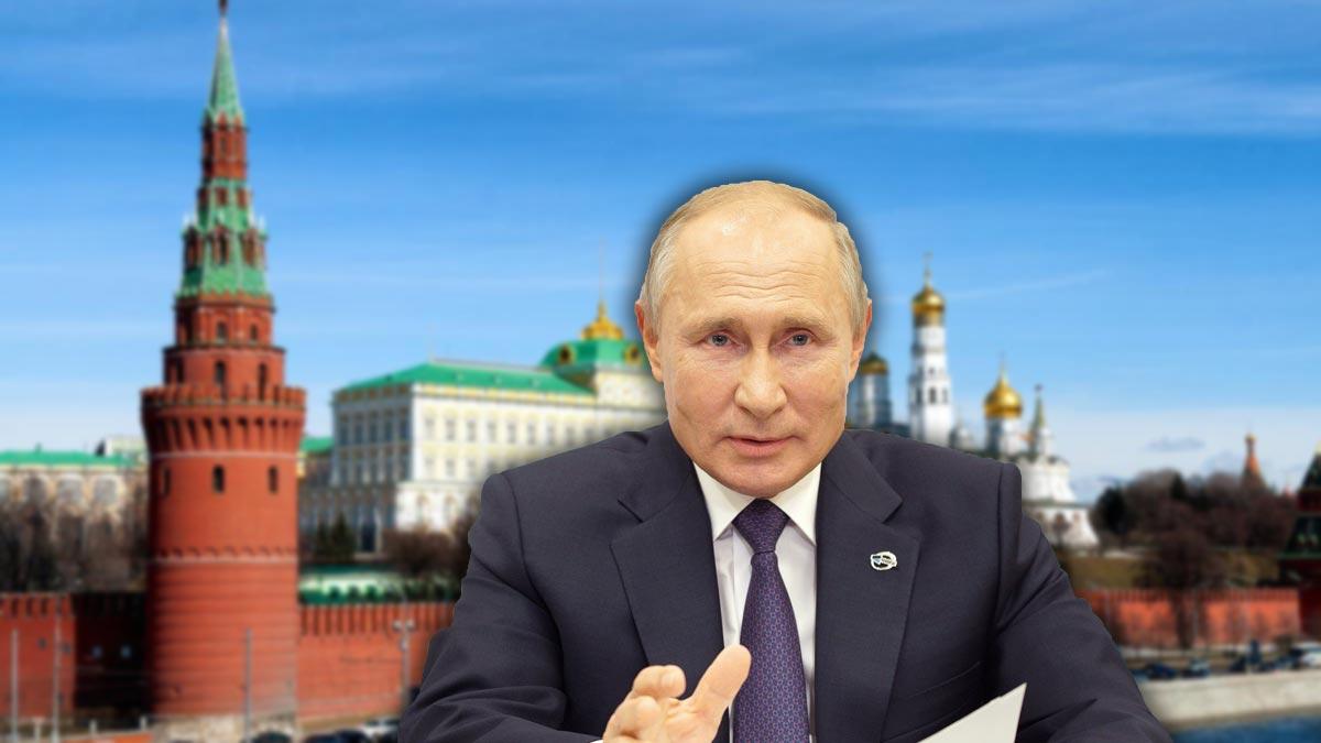 владимир путин на фоне кремля