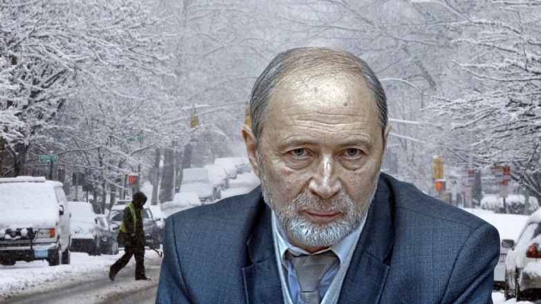 Роман Вильфанд и снегопад