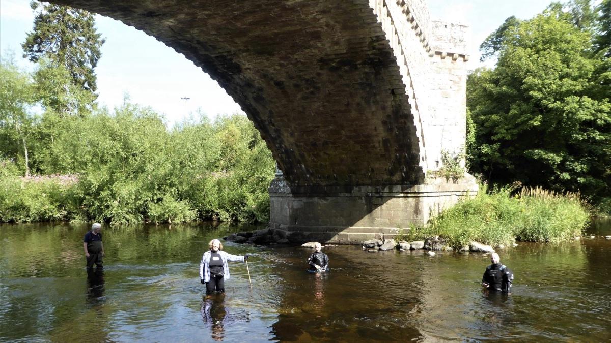 средневековый мост в Шотландии