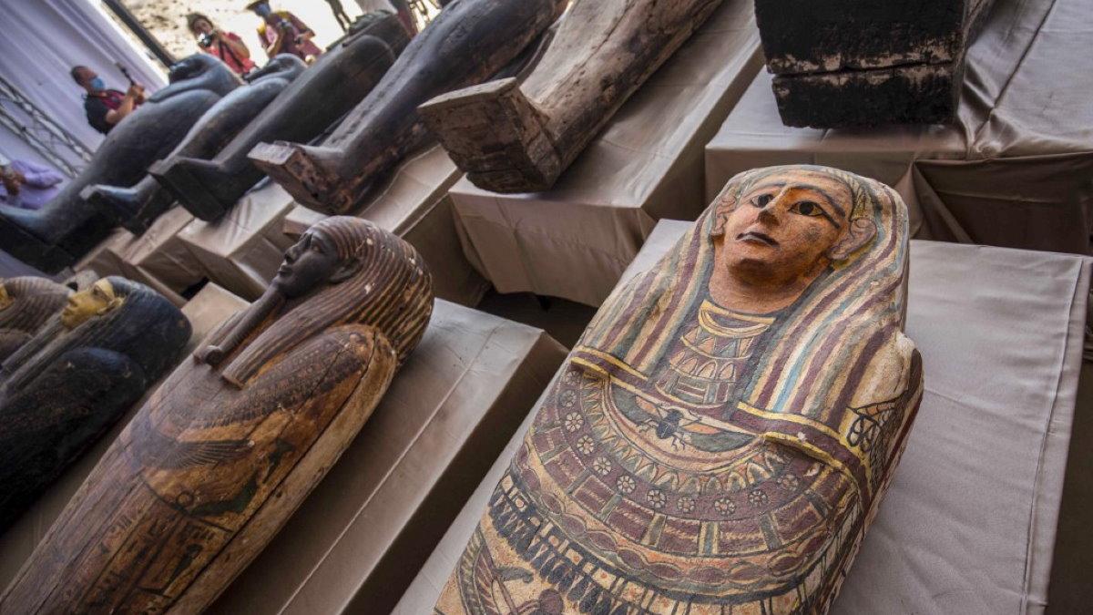 Египет Саккара саркофаги археология