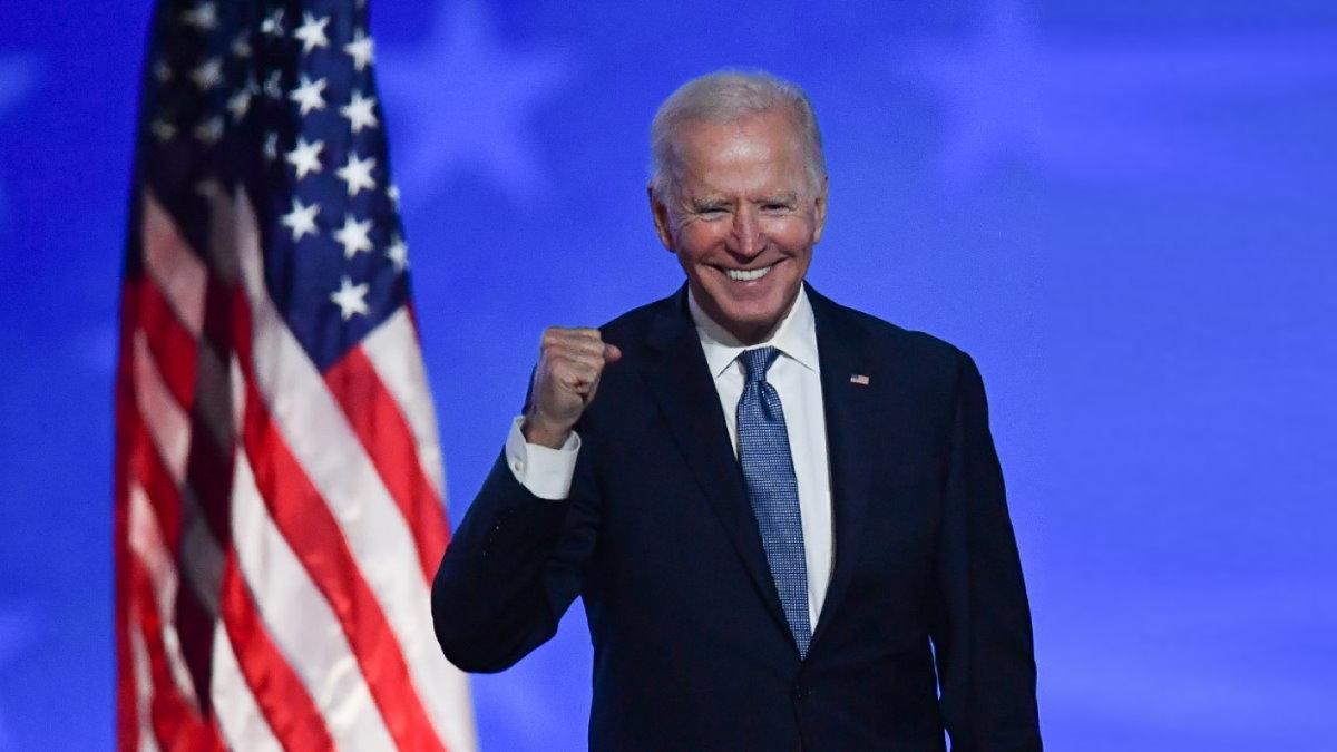 Джозеф Джо Байден - Joseph Joe Biden радуется один