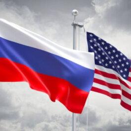 Американский политолог рассказал об опасности силового давления на Россию