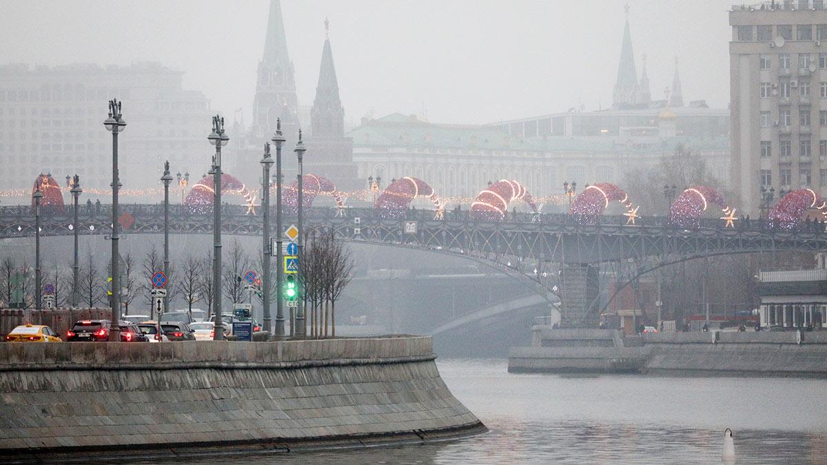 зима без снега москва мост река погода