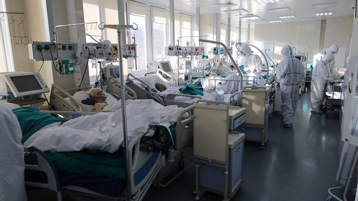 Врачи , Скорая помощь Реанимация Госпиталь Коронавирус COVID-19