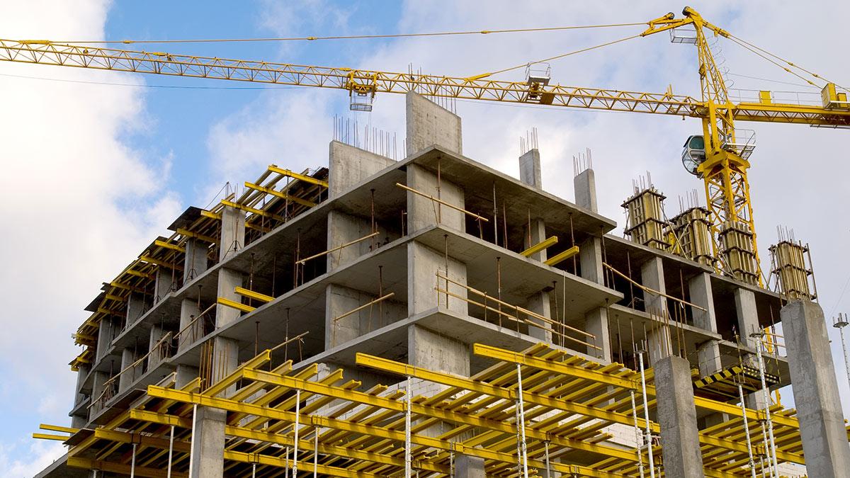 строительство жилье подъемный кран стройка