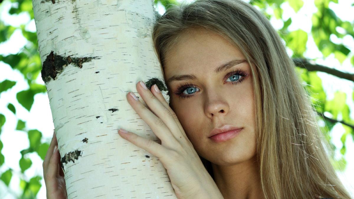 Красивая русская девушка россиянка