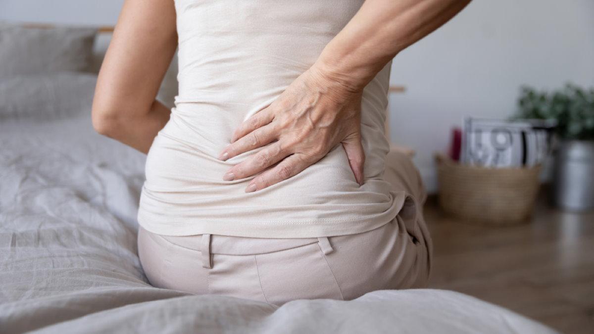 Боль в спине пояснице кровать
