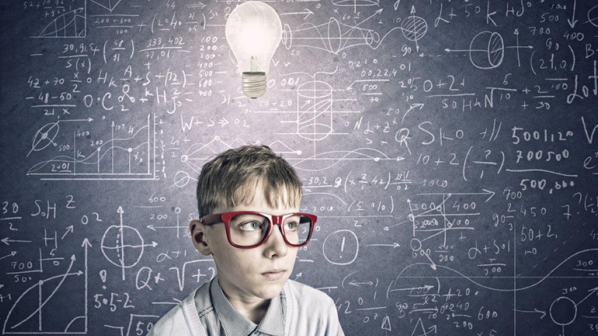 Умный ребёнок мальчик вундеркинд гений IQ