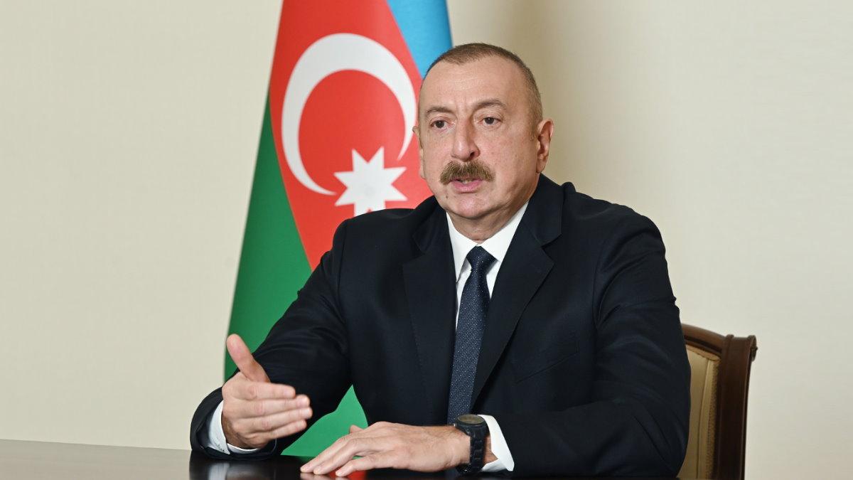 Президент Азербайджана Ильхам Алиев говорит один