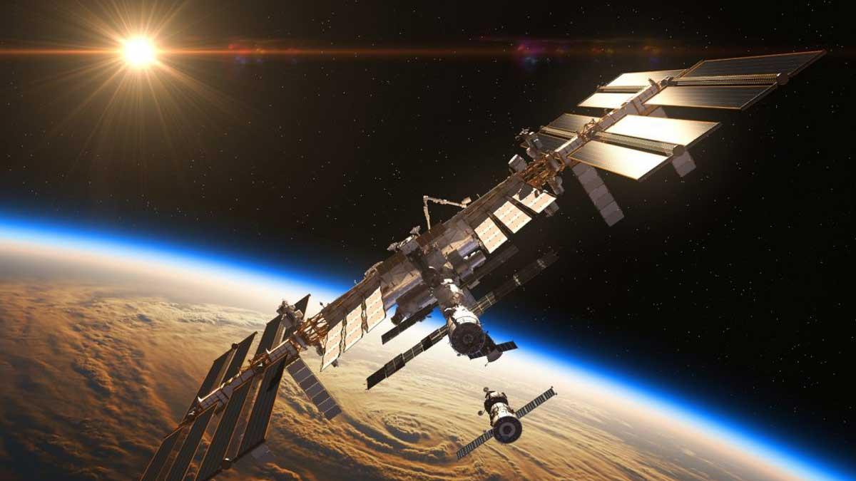 МКС в космосе international space station
