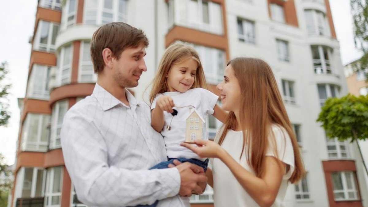 Семья ребенок ключи новостройка