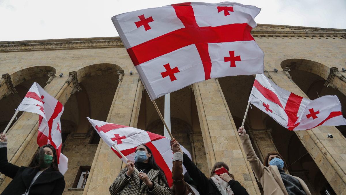 Грузия Тбилиси протесты флаги