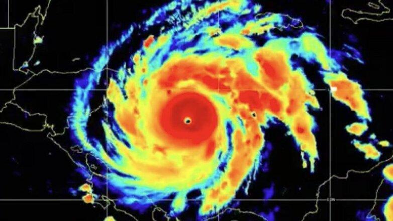 ураган Йота угрожает Америке