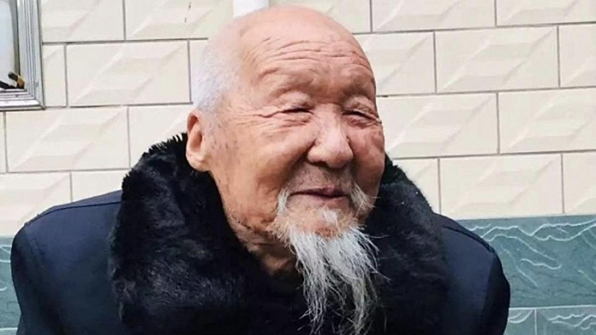 китайский долгожитель Zhang Kemin