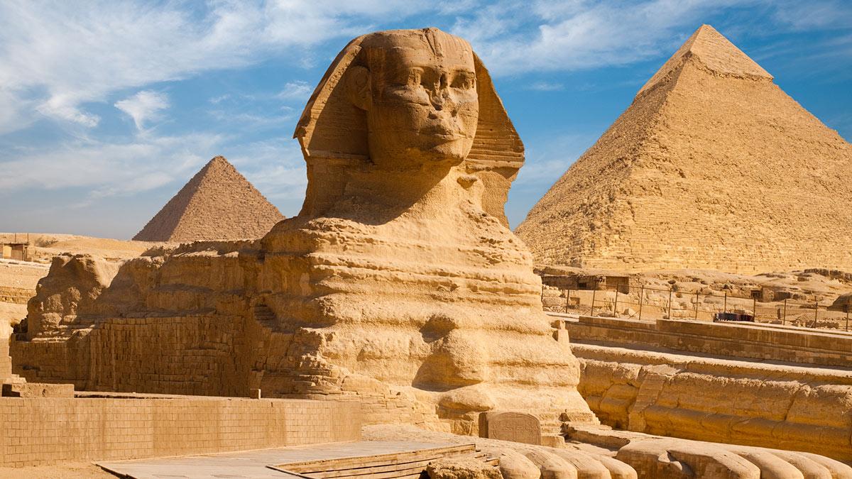 сфинкс пирамиды в Гизе Египет