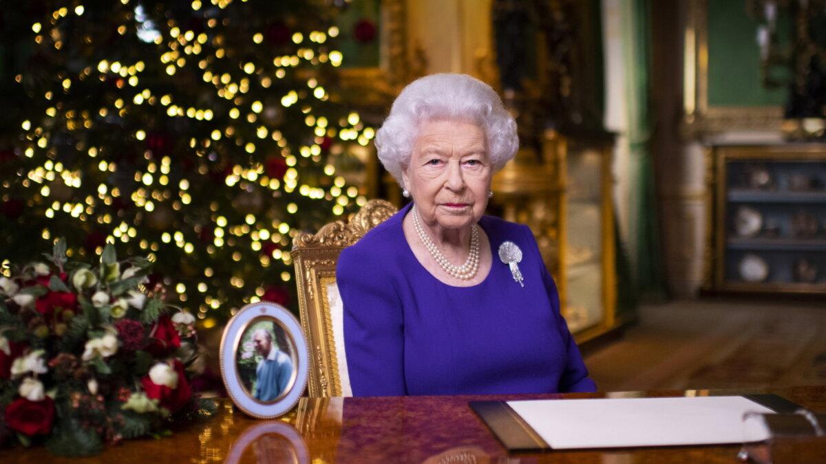 Королева Великобритании Елизавета II Рождество два