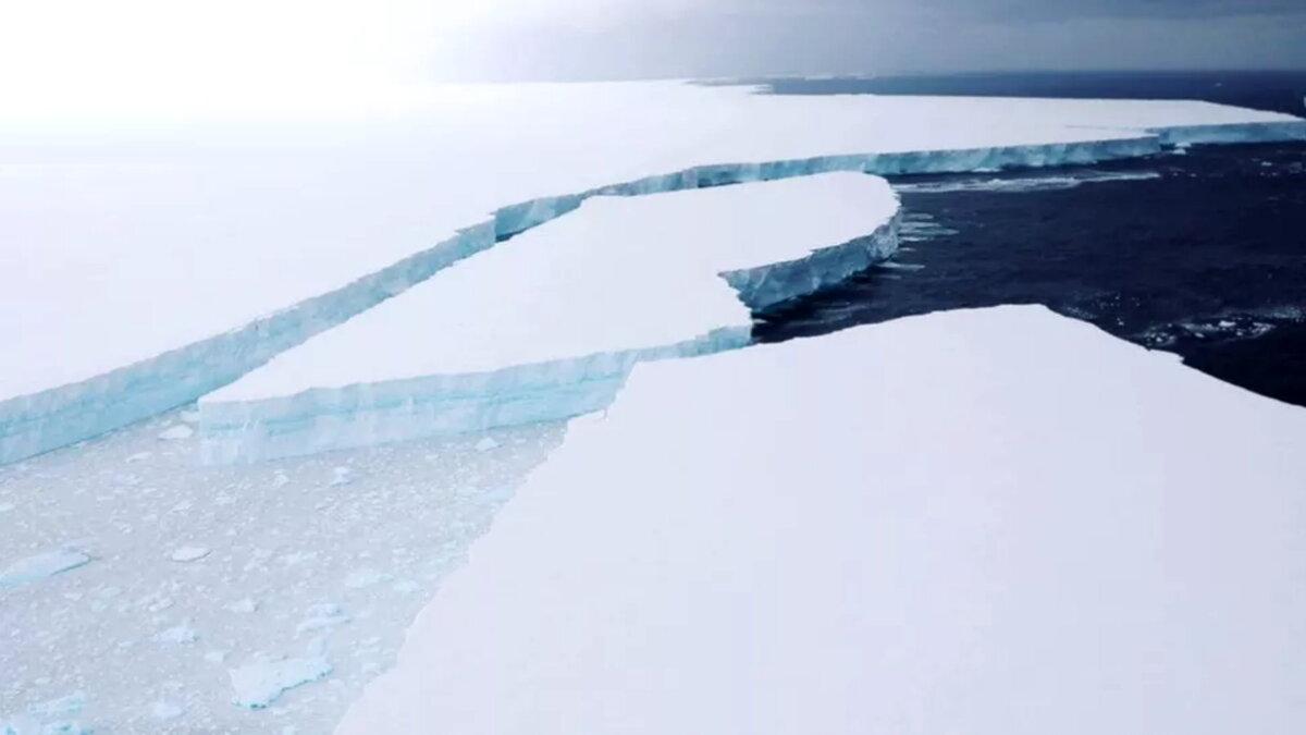Разрушение айсберга